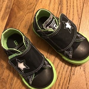 Converse One Star Infant Toddler Shoes Sz 5 Black